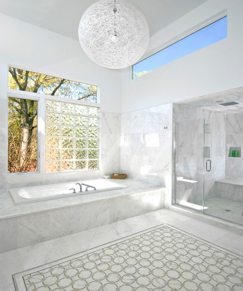 Bathroom Windows That Pull In Light And