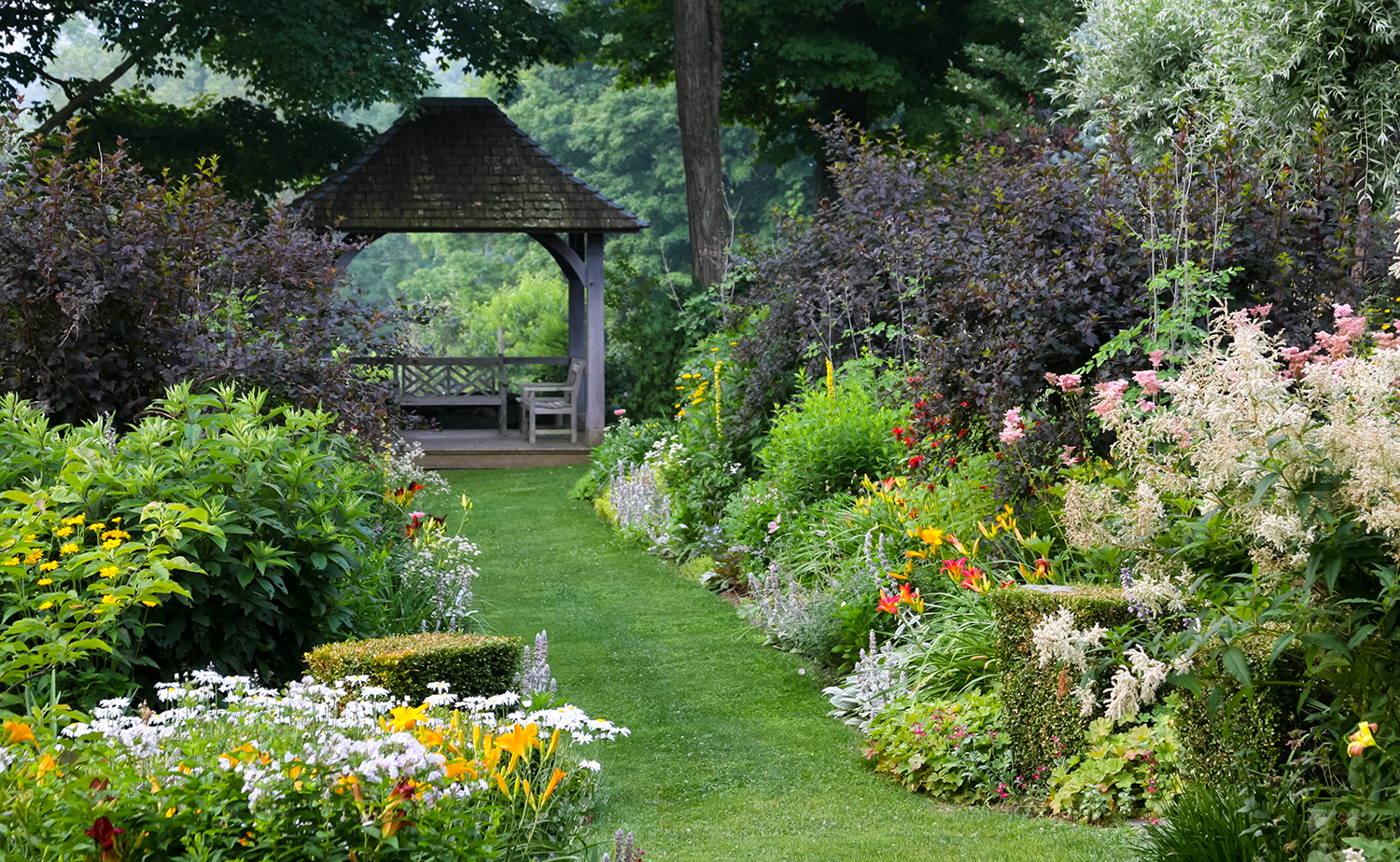 A Garden Where Old England Meets New England New Hampshire Home Magazine